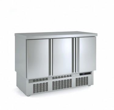 Coreco Compact Solid Door Chiller- MF Range