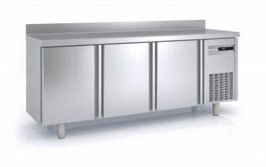 Coreco Solid Door Counter Freezer 600mm – MCS