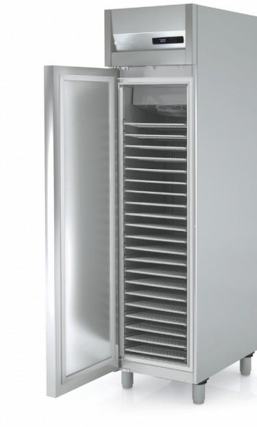 Coreco 700mm Upright Single Solid Door Bakery Fridge APR-750