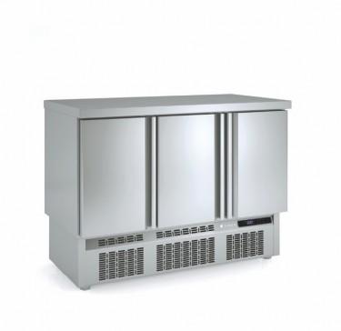 Coreco Compact Solid Door Chiller- MF Range
